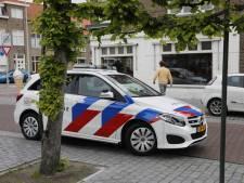 Overvaller bedreigt personeel cafetaria in Bergen op Zoom met mes en vlucht op omafiets