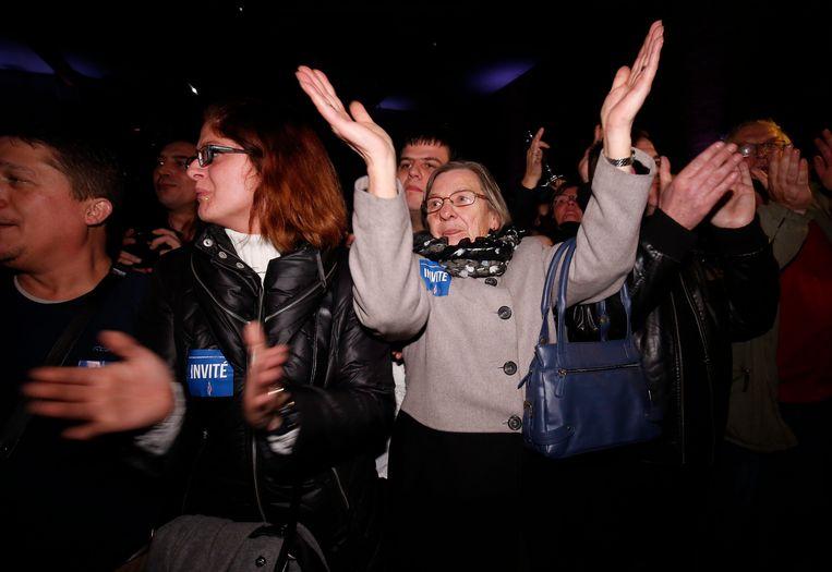 Aanhangers van het Front National juichen als de eerste uitslagen bekend worden. Beeld epa