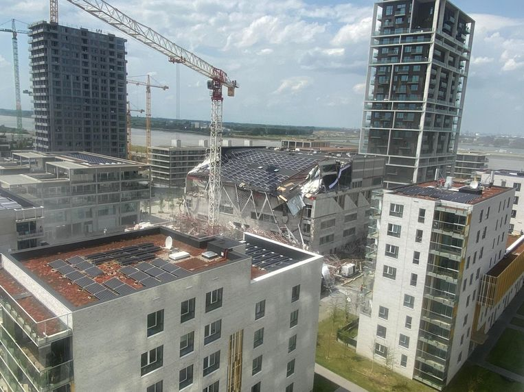 Het ingestorte gebouw. Beeld BELGA