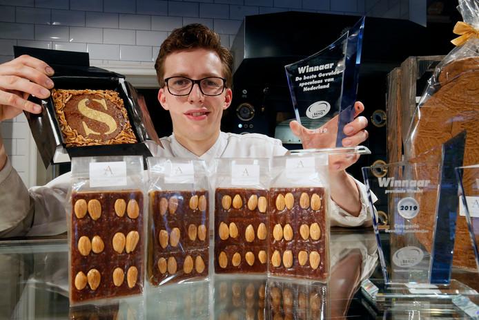 Henrik Wullems is winnaar van de prijs voor de beste gevulde speculaas.
