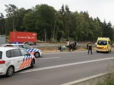Twee vrouwen en kind gewond bij ongeval op N261 in Loon op Zand, weg weer open