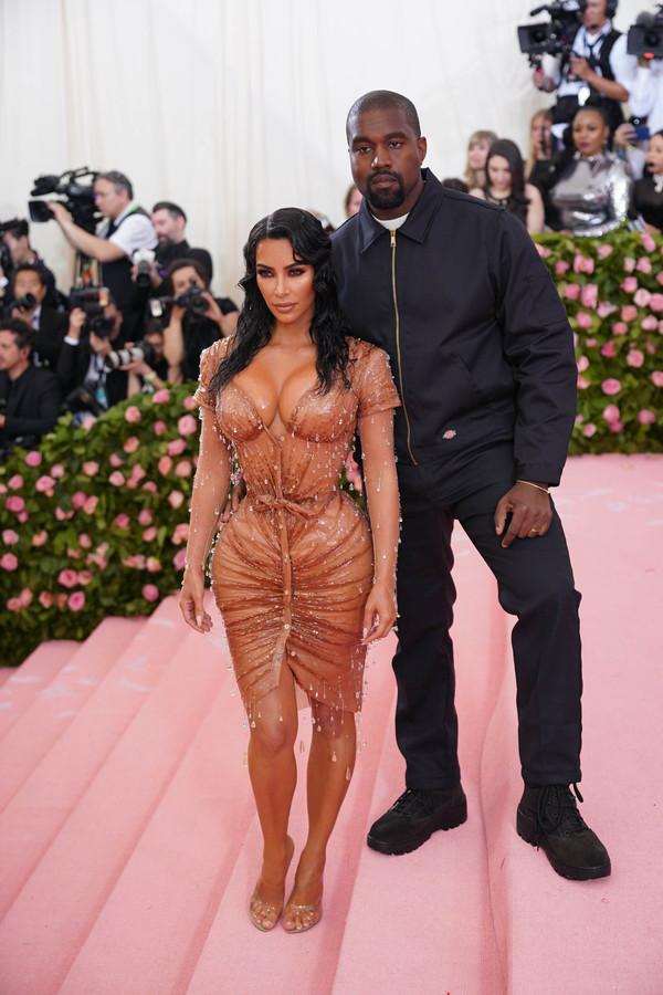 Kim Kardashian West et son mari, Kanye West, au gala du MET.
