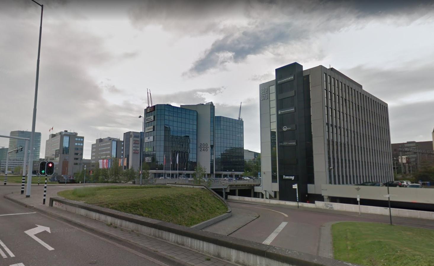 De Spoortoren van NSI aan de Fellenoord in Eindhoven en verderop de kantoortoren aan het Schimmelt zijn twee voorbeelden van succesvol opgeknapte én verhuurde bedrijfsgebouwen.