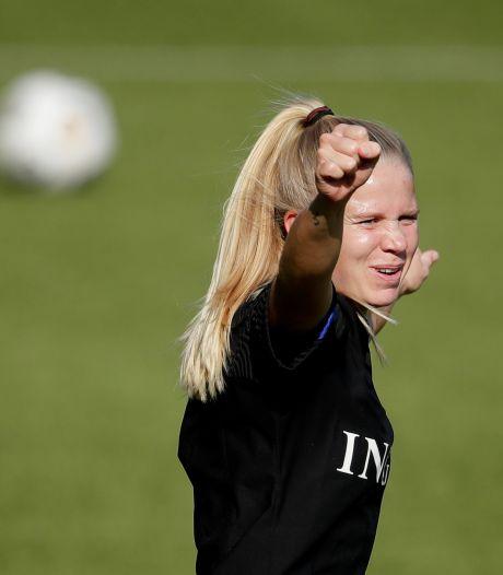 International Kika van Es terug bij FC Twente: een gouden deal voor 1 pond