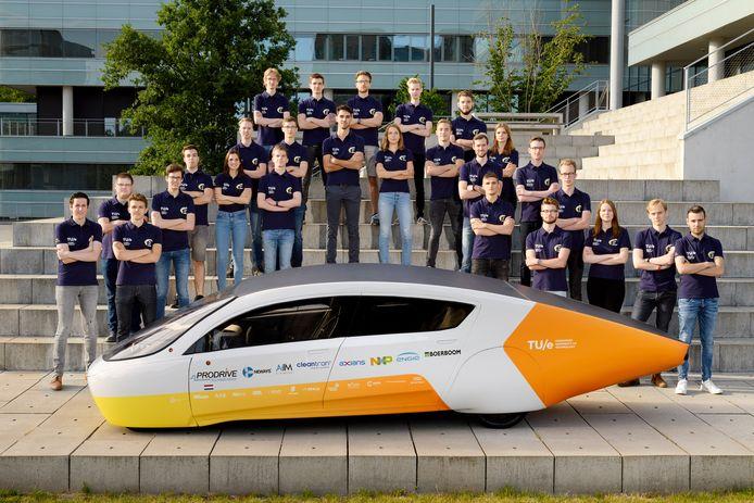 Nederland, Eindhoven, 4 juli 2019.Stella Era, de nieuwe gezinsauto op zonne-energie van Solar Team Eindhoven, een studententeam van de Technische Universiteit Eindhoven.