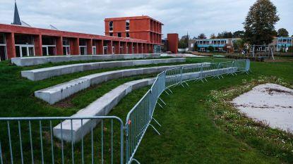Nieuwe openluchttribune klaar voor gebruik op Jef Van Hoofplein