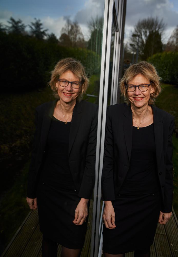 Burgemeester Jolanda de Witte van Albrandswaard: ,,Ik wilde vanaf mijn negende jaar al onrecht aanpakken.''