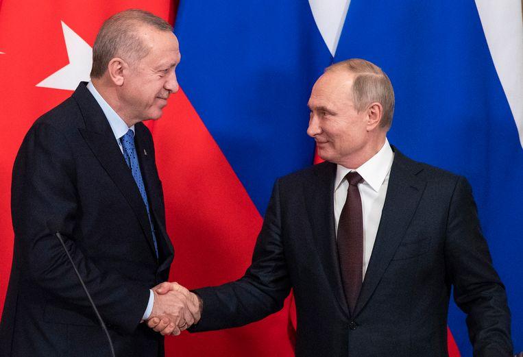 Poetin en Erdogan ontmoetten elkaar begin maar in Moskou. Beeld EPA