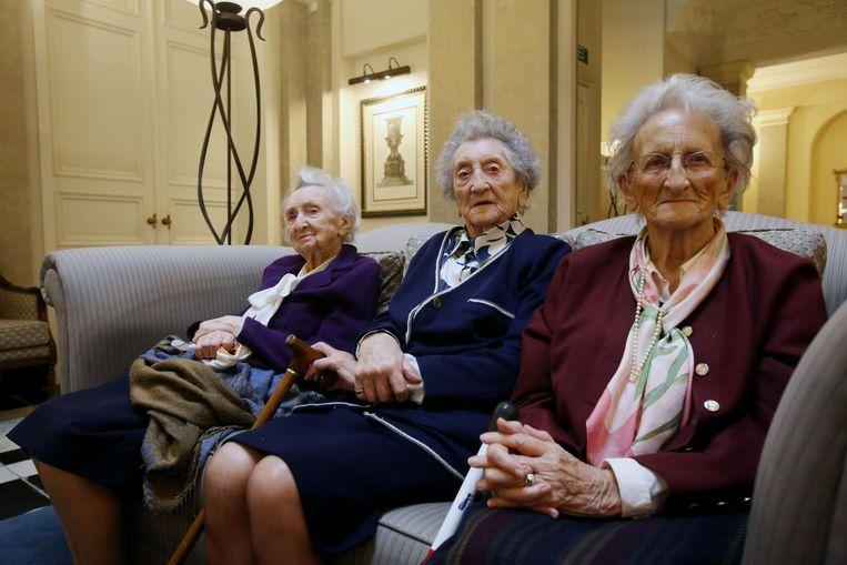 Eleonore (102), Marie-Rose (103) en Monique (92) komen om de twee weken bij elkaar op bezoek.