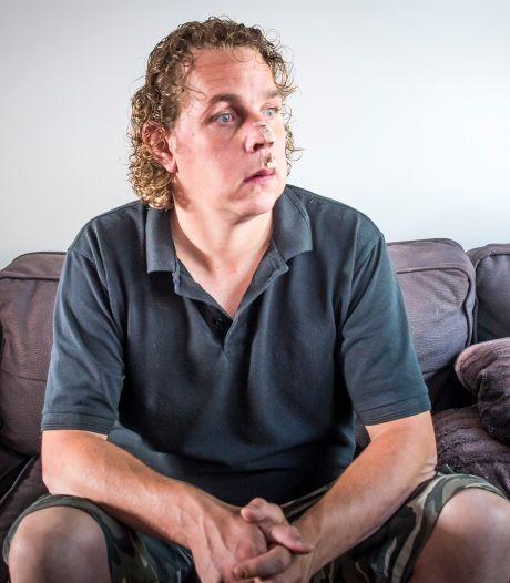 Geen straf voor mishandeling van Bruins-beveiliger Niels: 'Getuigen spreken elkaar tegen'