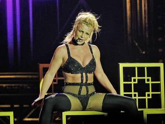 """Video van Britney uit 2018 gaat viraal na explosieve getuigenis: """"Ik heb koorts en ik denk dat ik ga flauwvallen"""""""