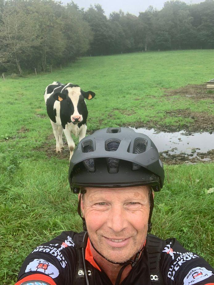 Na 650 loodzware kilometers zit de Duchenne Heroes 2021 erop voor Rob den Besten. De 56-jarige Nieuw-Lekkerlander haalde tijdens de fietstocht door vier landen 14.500 euro op voor de bestrijding van de spierziekte Duchenne.