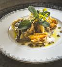 Een gerecht uit Geheimen uit een boeddhistische keuken. Tortellini met pompoen, salie en truffelroom. Het gerecht staat binnen 60 minuten op tafel.