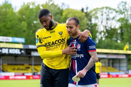 FC Emmen won met 0-4 bij VVV, maar moet toch de play-offs in.