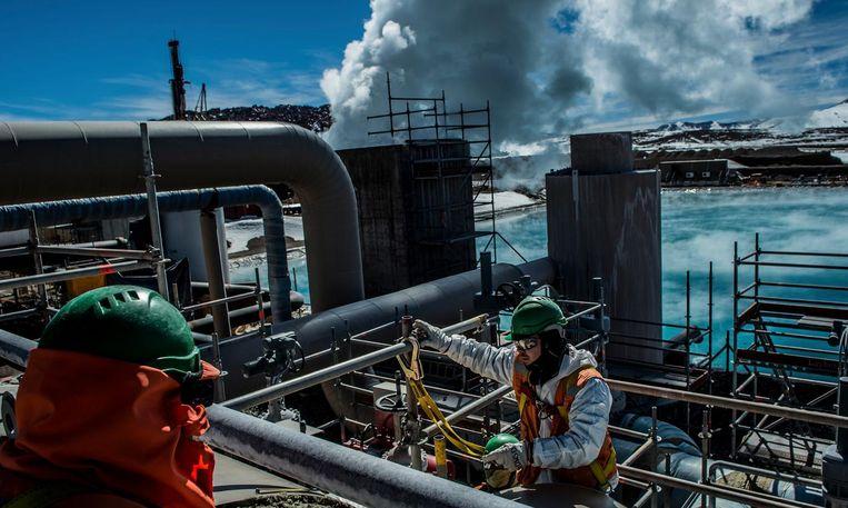 Constructie van de geothermische energiecentrale Cerro Pabellón. Beeld null