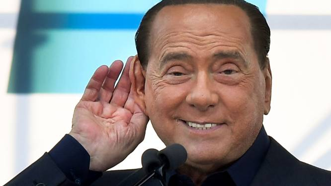 Silvio Berlusconi opgenomen in ziekenhuis als gevolg van coronabesmetting