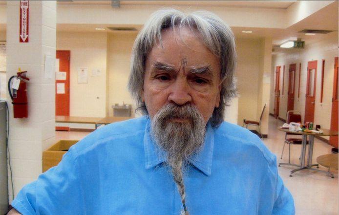 De veroordeelde massamoordenaar Charles Manson overleed afgelopen op 83 jaar. Hij liet een verrassend testament na.