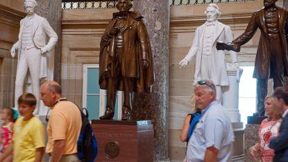 Nancy Pelosi wil omstreden standbeelden bij Capitool verwijderen