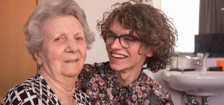 Teun Toebes uit Best maakt YouTube-video's over dementie: 'Ik zeg gewoon: hallo mam!'