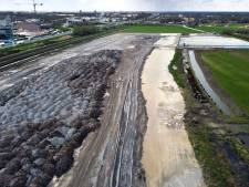 'Vervuilende staalslakken tientallen jaren in de grond laten zitten, daarmee overtreedt West Betuwe de wet'