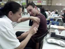 Producenten: meer vaccins meningokokken onderweg, 300 mensen in Zuidoost-Brabant willen inenting