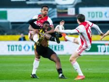 Riechedly Bazoer laat zich niet onder druk zetten en negeert 'transferdeadline' Vitesse