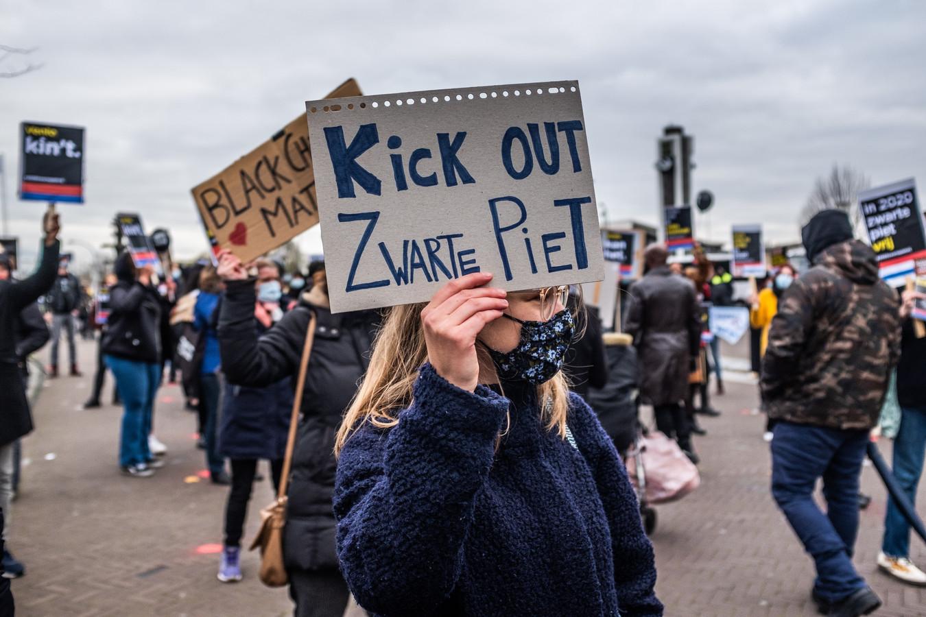 De actiegroep Kick Out Zwarte Piet voerde in november vorig jaar actie in Venlo.
