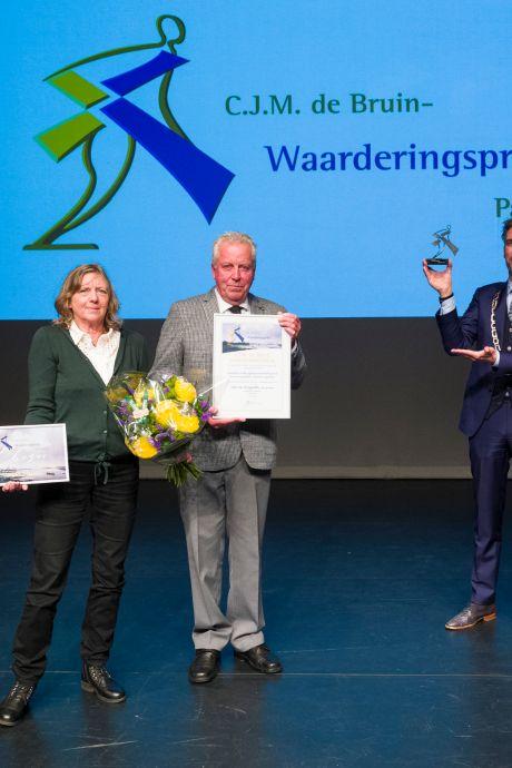 Papendrechtse auteur Pieter van Wijngaarden wint prijs: 'Hij maakt betekenisvolle info toegankelijk'