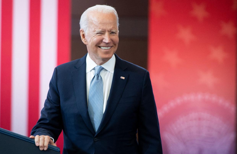 In een toespraak noemde de Amerikaanse president Joe Biden dinsdag de hindernissen die worden opgeworpen om te gaan stemmen 'on-Amerikaans'.  Beeld AFP