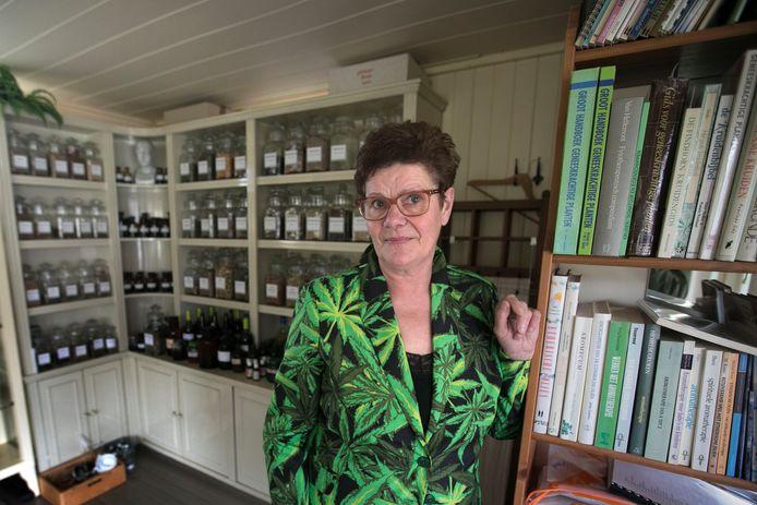 Soerendonk Hanny Veldman is  degene die een Cranendonckse cannabiskruistocht is gestart. Met als doel: het taboe doorbreken en medicinaal gebruik voor patiënten vergemakkelijken