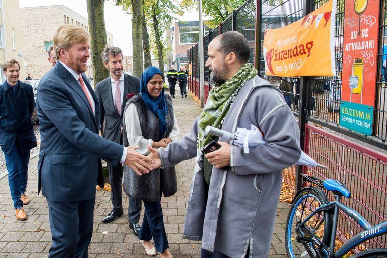 Koning Willem-Alexander bezoekt Burendag in de Geuzenwijk in Utrecht in 2019. Beeld Brunopress