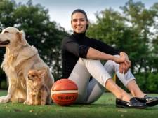 Basketbalster Van Grinsven drukt pauzeknop in: 'Ik heb deze break echt even nodig'
