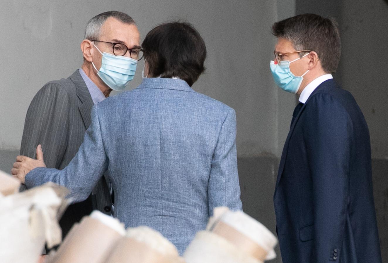 Minister van Volksgezondheid Frank Vandenbroucke (Vooruit, links) gisteren voor het begin van het Overlegcomité. Na afloop nam hij niet meer deel aan de persconferentie.