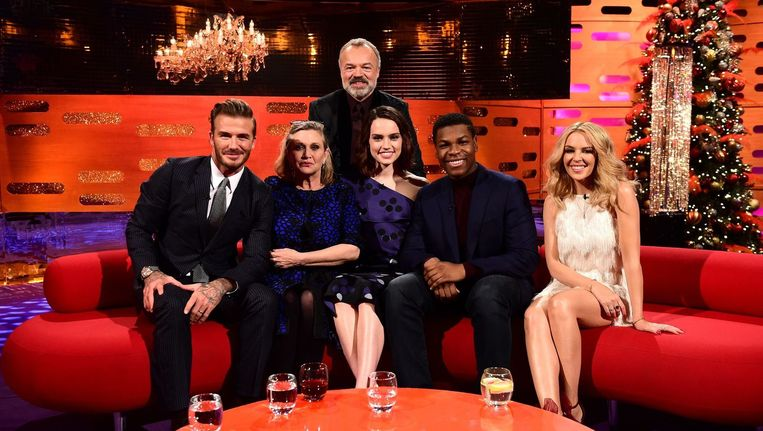 Vanavond op de sofa van Graham Norton: Carrie 'Princess Leia' Fisher en nieuwkomers in de Star Wars-saga Daisy Ridley en John Boyega. Beeld PHOTO_NEWS