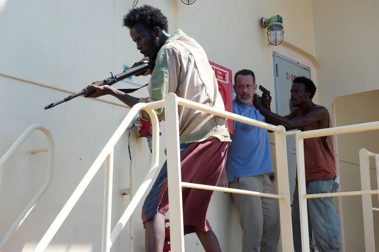 Van links naar rechts: Mahat Ali, Tom Hanks en Faysal Ahmed in Captain Philips. Beeld Filmdepot