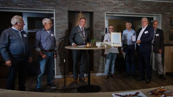 Rijssense konijnen- en pluimveevereniging de Eendracht bestaat 100 jaar en krijgt koninklijke onderscheiding