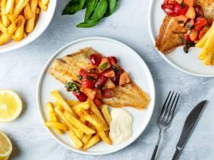 Wat Eten We Vandaag: Sliptong 'Picasso' met ovenfrietjes