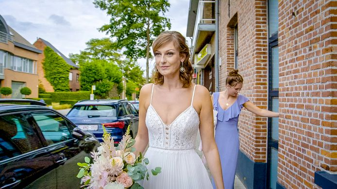 Nathalie Rots maakt zich klaar voor haar huwelijk