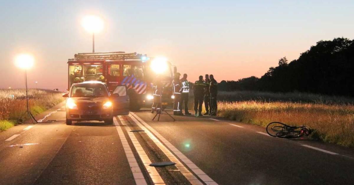 Fietser uit Den Bosch zwaargewond bij aanrijding in Zeeland.