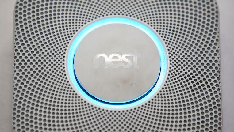 De rook- en CO-detector van Nest. Beeld AFP