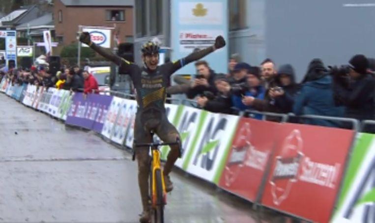Toon Aerts is de nieuwe Belgische kampioen veldrijden. Beeld RV