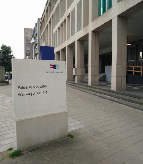 Klappen met bezemsteel in Alem: 100 uur werkstraf voor gefrustreerde man uit Veen