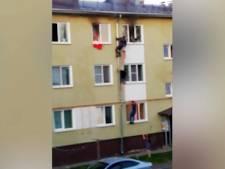 Trois enfants sauvés d'un appartement en feu par des voisins héroïques