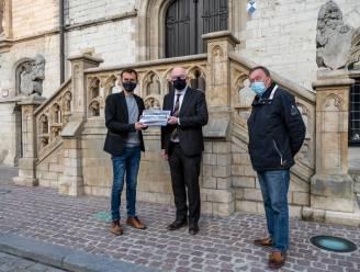 """""""Oudste club van stad wordt bij huisvuil gezet"""": petitie tegen plannen voor nieuwe sporthal op A-terrein KAVD en heisa op gemeenteraad"""
