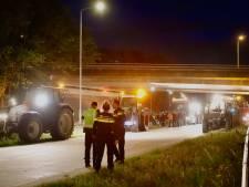 Boeren die willen protesteren langs A73 bij Cuijk tegengehouden door politie