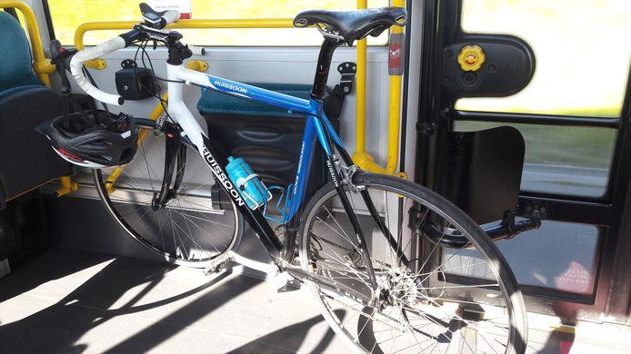 Voorlopig mag dit niet meer, met de fiets in de bus door de Westerscheldetunnel.