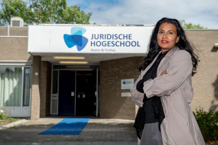 """Criminologe Sheila Adjiembaks: ,,Er valt veel te leren van de verhalen van mensen die zich weten te ontworstelen aan het criminele milieu""""."""