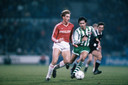 Adick Koot in het duel van PSV met Rapid Wien, later in 1987.
