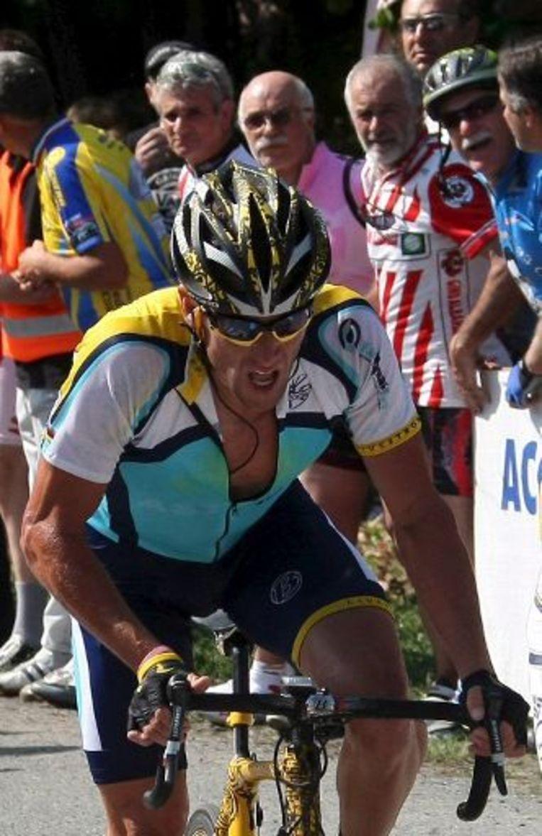 Lance Armstrong kent in de Giro een uitstekende voorbereiding op de Tour. Beeld UNKNOWN