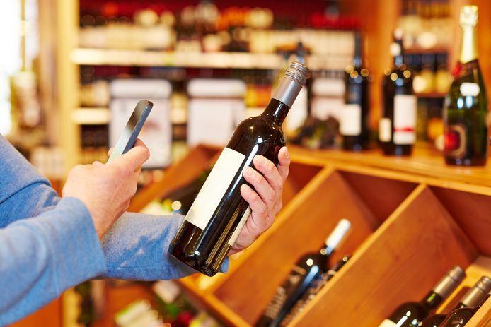 Wijnapps helpen je kiezen in de supermarkt en spelen voor privé sommelier.